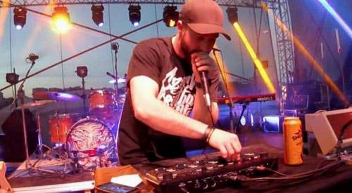 tiny_beat_beatboxer_live_show